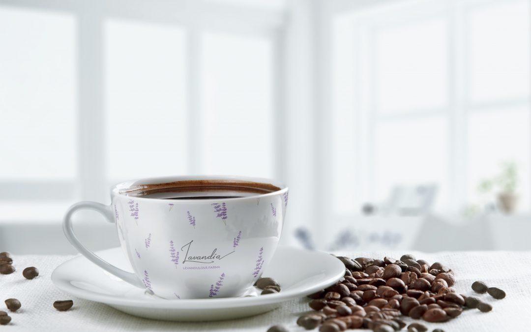 Levandule z farmy | Jak jsme se účastnily soutěže o design tubusu kávy s levandulí