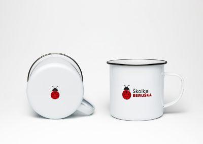 Školka Beruška_hrnek